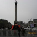 トラファルガー広場のネルソン提督記念像。National Galleryはトラファルガー広場の北側にある